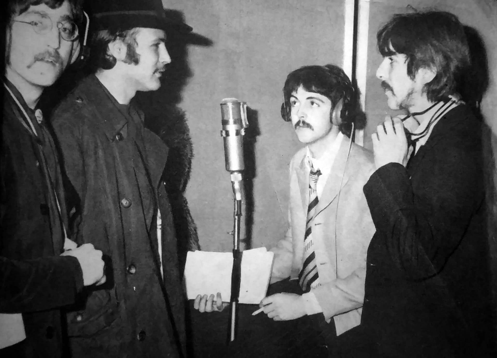The Beatles with The Byrds' David Crosby, Abbey Road, 24 February 1967