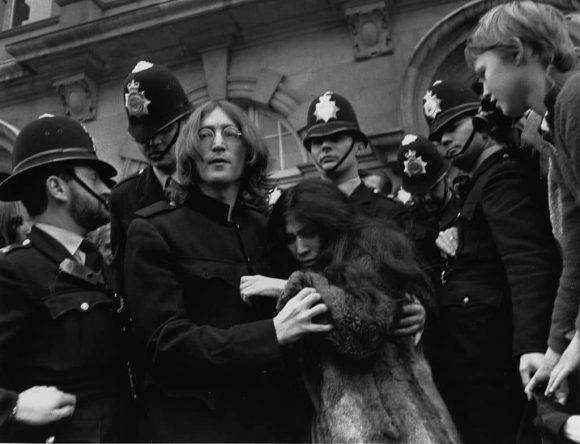 John Lennon and Yoko Ono leaving Marylebone Magistrates' Court, London, 19 October 1968