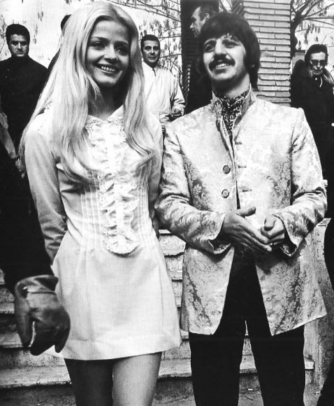 Ringo Starr and Ewa Aulin on the set of the film Candy