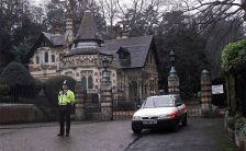 Policeman outside Friar Park, December 1999