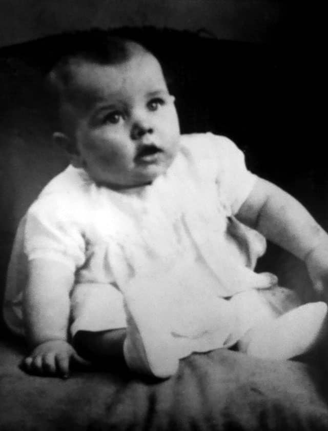 Ringo Starr Is Born The Beatles Bible