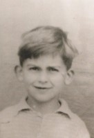 young-george-harrison-4.jpg