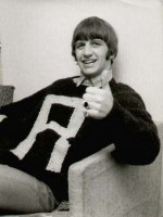 Ringo-in-R-sweater.jpg
