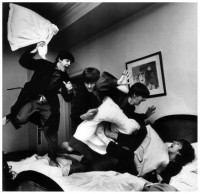 beatles-pillow-fight-by-harry-benson.jpg