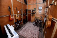 07-The-Childhood-home-of-John-Lennon-in-Woolton-which-is-ready-to-be-rented-out-as-an-AirBnB.-Pictured-studio-Photo-by-Colin-Lane.jpg