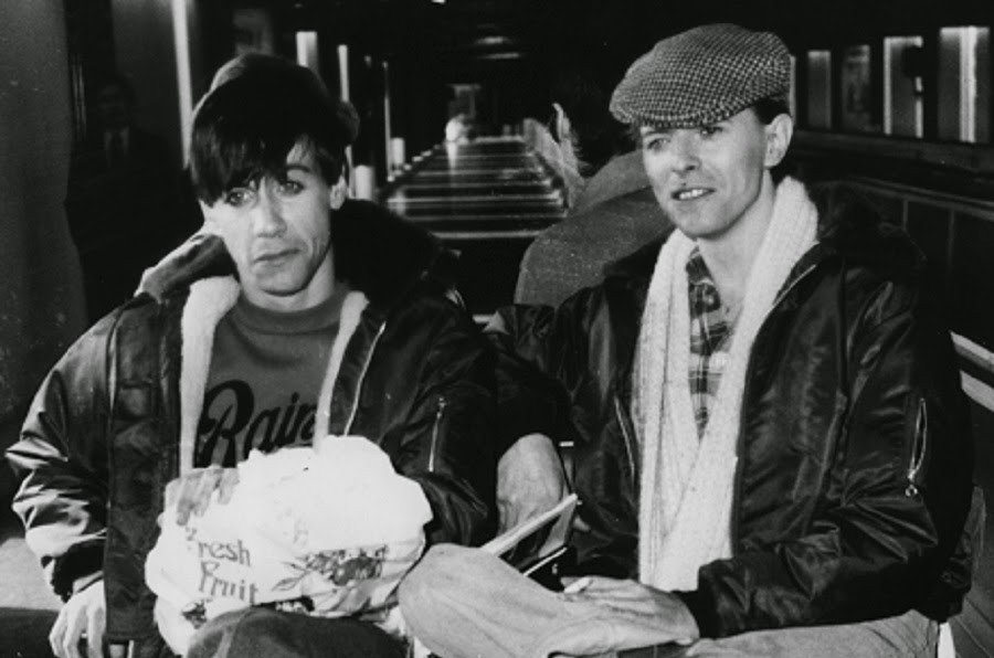 David-Bowie-and-Iggy-Pop-in-the-1970s-6.jpg